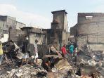 sejumlah-warga-yang-terdampak-kebakaran-kampung-bandan.jpg