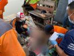 sesosok-mayat-pria-ditemukan-di-aliran-banjir-kanal-barat.jpg
