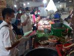 sidak-bahan-pangan-jelang-ramadhan-di-pasar-johan-baru.jpg
