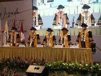 sidang-senat-wisuda-luring-iblam-school-of-law.jpg