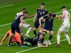 skotlandia-mampu-membuat-pemain-inggris-frustrasi-dengan-pertahanan-kuatnya.jpg