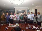 solusi-universitas-indonesia-bertemu-mantan-ketua-mpr-amien-rais_20180329_141350.jpg