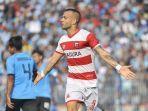 striker-madura-united-aleksandar-rakic.jpg