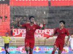 striker-timnas-u-22-indonesia-muhammad-rafli-kiri-merayakan-golnya-ke-gawang-timnas-u-23-iran.jpg