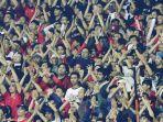 suporter-timnas-indonesia-saat-mendukung-tim-jagoannya-menghadapi-timnas-malaysia.jpg