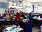 tenaga-pendidik-indonesia-timur_bank-bca_webinar-hari-guru-nasional_bakti-bca.jpg