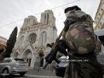 tentara-prancis-menjaga-gereja-notre-dame-de-lassomption-basilica-di-nice.jpg