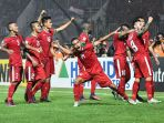 timnas-indonesia-menang-2-1-atas-thailand_20161216_200610.jpg