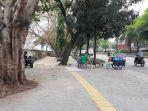 trotoar-jalan-daan-mogot-dijadikan-tempat-mangkal-waria-psk.jpg