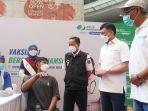vaksinasi-bpjamsostek-di-one-belpark-mall-jakarta-selatan-sabtu-49.jpg