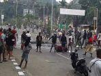 warga-papua-barat-unjuk-rasa-di-manokwari.jpg