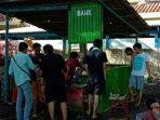 warga-rw-01-kelurahan-pulau-kelapa-dirikan-bank-sampah230201.jpg