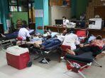 warga-tanjung-priok-sukarela-donorkan-darah.jpg