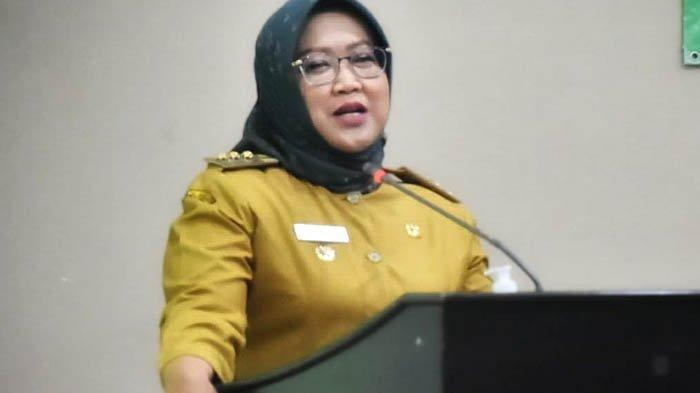 Pemerintah Kabupaten Bogor membangun jalan lingkar menuju Kebun Raya Bogor. Keterangan foto: Ade Yasin, Bupati Bogor.