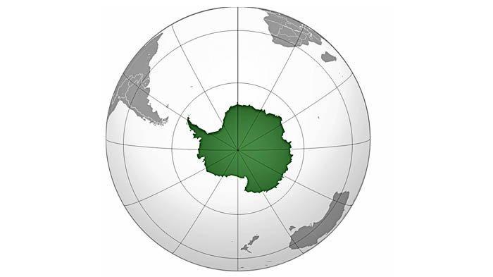 Posisi dan bentuk Kutub Selatan di peta.