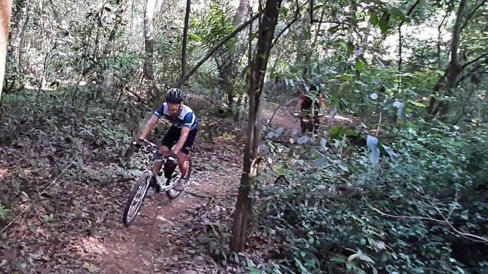 Buperta Cibubur Ternyata Punya Hutan dengan Jalur Sepeda XC yang Asyik