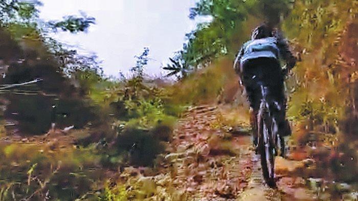 Menjelajah Karst Klapanunggal dengan Sepeda, Jalur Menantang dengan Pemandangan Indah