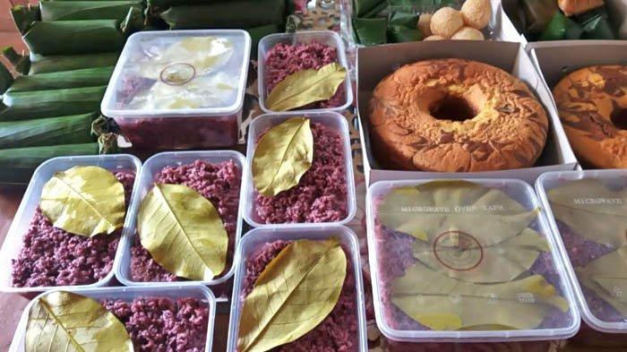 Kue dan kudapan yang bisa dipesan di Dapoer Panciibolong.