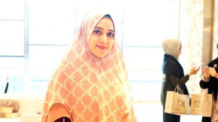 Fairuz A Rafiq dan Keluarga Batal Berlibur Gara-gara Virus Corona