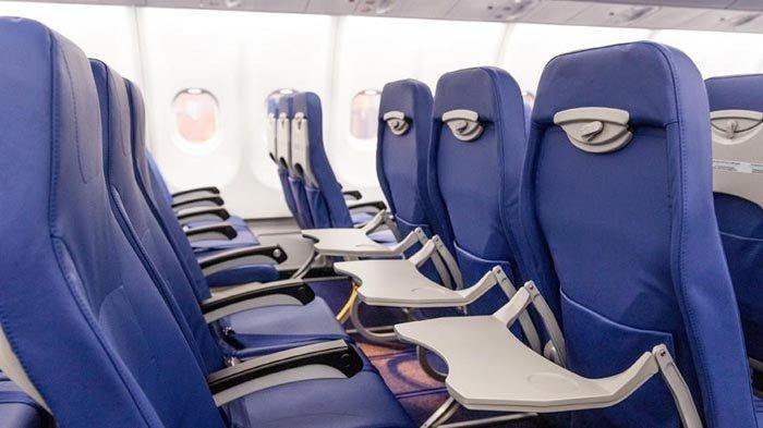 Kabin kelas ekonomi di pesawat A330-900 NEO milik Lion Air.