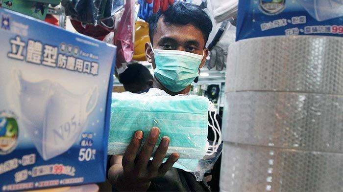 Pakai Masker Atau Sering Cuci Tangan Selama Penerbangan?