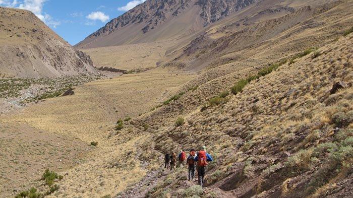 Sepuluh Tahun Pendakian Gunung Aconcagua: Mendaki Gunung Salju dalam Keadaan Jetlag