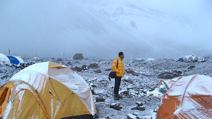 Base Camp Plaza Argentina 4.100 m dpl.
