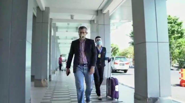 Layanan Premium Airport Special Service (PASS) dari Angkasa Pura Airports mulai dari menjemput konsumen di hotel bandara, sampai mengantarnya ke boarding gate.