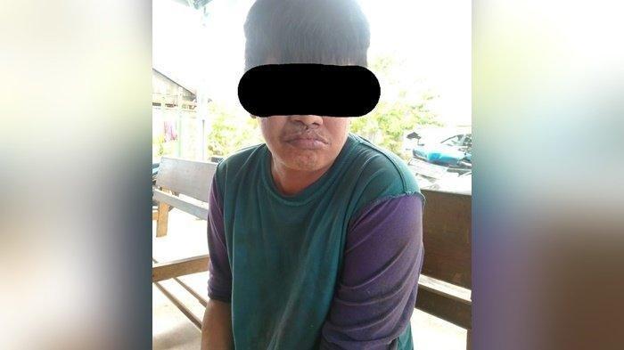 Penodongan di ATM Banjamasin, tersangka pelaku pencurian dan penodongan di ATM di Kota Banjarmasin dibekuk polisi.