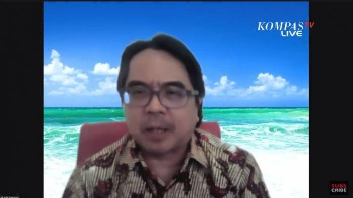 Survei SMRC Sebut 40 Persen Rakyat Setuju Jokowi 3 Periode, Ade Armando: Cukup Banyak yang Berharap