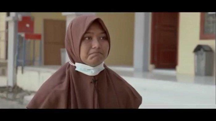 Modal Nekat Chat Kapolda Aceh, Siswi SMA Ini Menahan Tangis Curhat Minta Dikirimi Ban Bekas