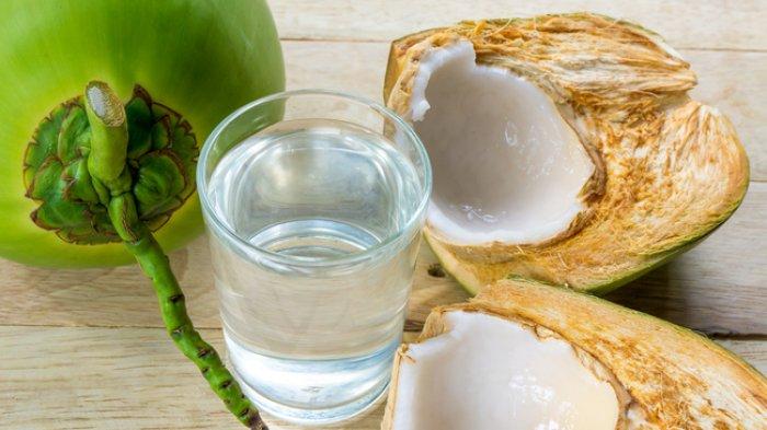 Jangan Salah, Air Kelapa Bukan untuk Cegah Covid-19, Berikut 6 Manfaat Aslinya bagi Kesehatan