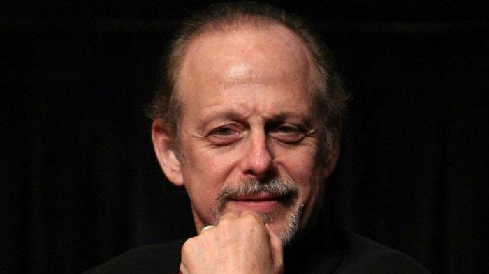 Kabar Duka, Aktor Mark Blum Meninggal Dunia karena Virus Corona