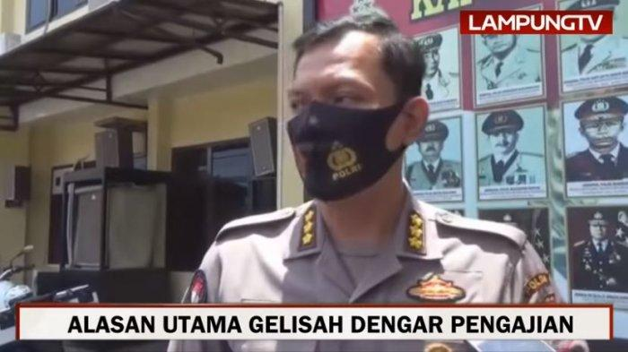 Kabid Humas Polda Lampung Kombes Pol Zahwani Pandra Arsyad memaparkan soal kehidupan pribadi Alfin Andrian, Rabu (16/9/2020).