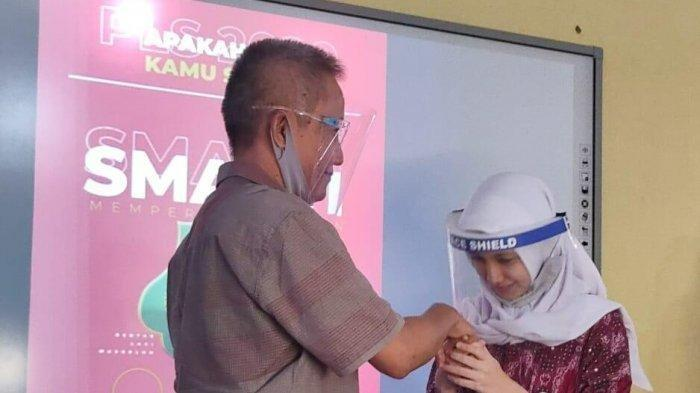 Kisah Almira, Siswi SMA di Sukabumi Pencipta Video Viral Salam Taraktakdung: Nggak Nyangka, Kaget