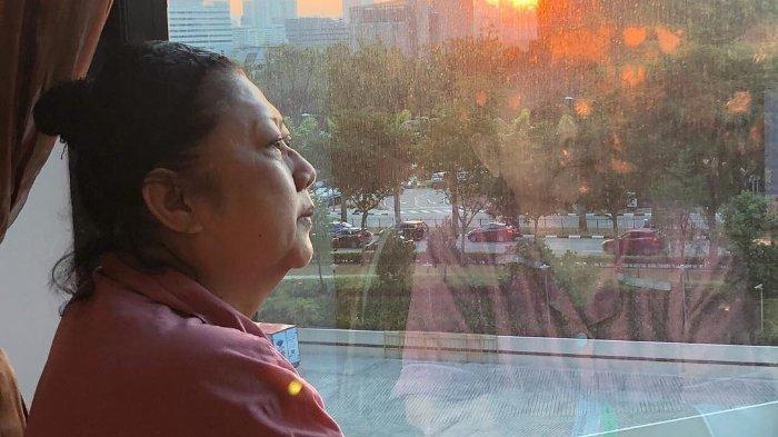 Tengah Dirawat di Singapura, Ani Yudhoyono Terima Kado Berupa Kalung dan Surat dari Penggemar