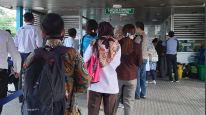 Pasca-membludaknya Calon Penumpang, Pemprov DKI Normalkan Jam Operasional TransJakarta, MRT dan LRT