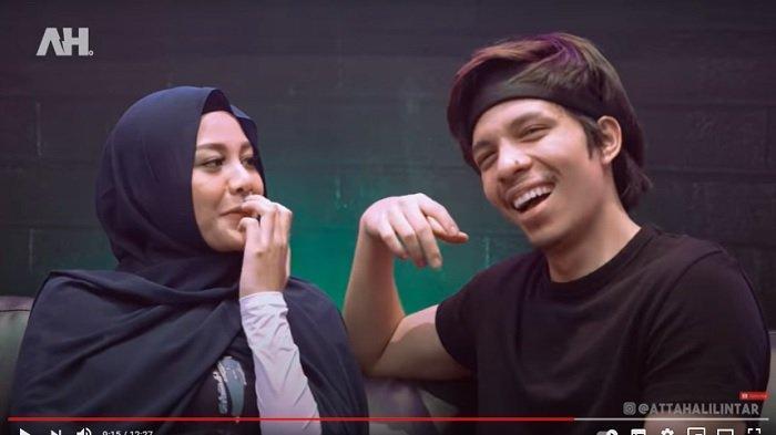 Atta Halilintar dan Aurel Hermansyah menjawab pertanyaan fans