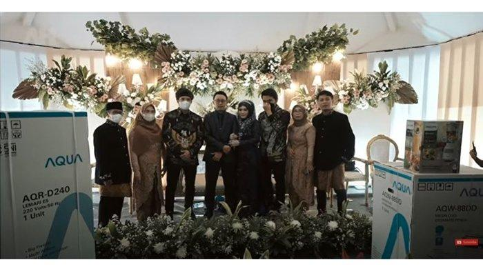 Intip Kado dari Atta Halilintar saat Gerebek Pernikahan Anggota Timnya: Kulkas hingga Panci