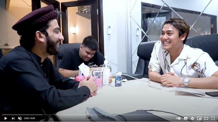 Atta Ul Karim bersama Rizky Billar.