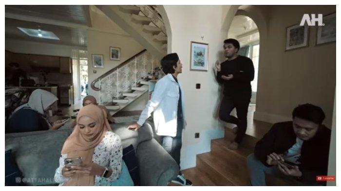 Tangkapan layar Aurel Hermansyah mendengarkan Atta Halilintar dan Thariq Halilintar berdebat, Jumat (28/5/2021).