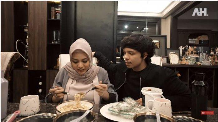 Blak-blakan Review Daging Masakan Aurel Hermansyah, Atta Halilintar: Mual, Mau Muntah Melulu