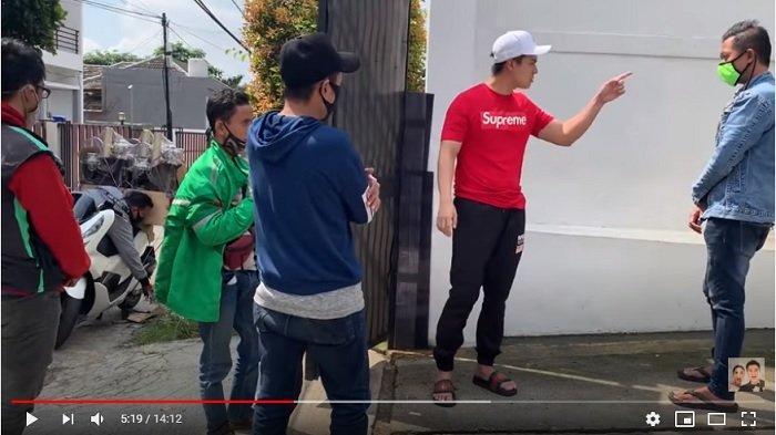 Baim Wong Marah hingga Usir Empat Oknum Maksa Minta Bantuan: Lo Enggak Ada Tangan, Gue Mana Peduli