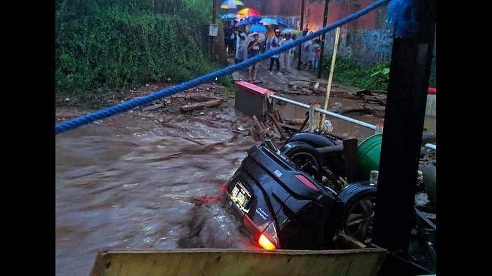 Banjir Bandang di Sukabumi Seret 2 Pembuat Roti, Korban Masih Belum Ditemukan