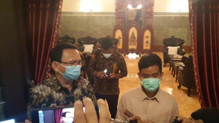 Komisaris Utama Pertamina Basuki Tjahaja Purnama alias Ahok bertemu Wali Kota Solo Gibran Rakabuming Raka di Loji Gandrung Solo, Jawa Tengah, Rabu (7/4/2021) malam.