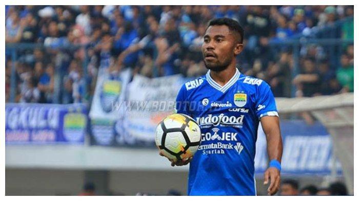 Bek sayap Persib Bandung, Ardi Idrus