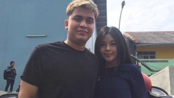 Billy Syahputra dan Elvia Cerolline.