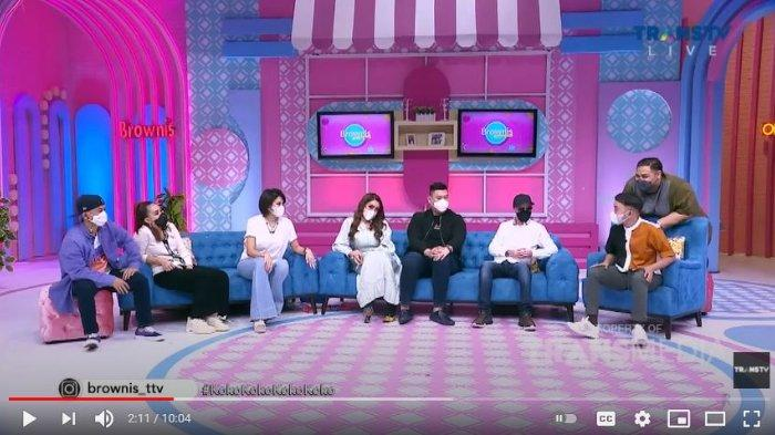 Program Acara Brownis di Trans TV yang mengundang Nikita Mirzani dan Lucinta Luna sebagai bintang tamu.