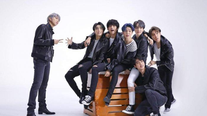 BTS 'Goda' Fans dengan Luncurkan Teaser Lightstick Baru Special Edition 'Map of The Soul'