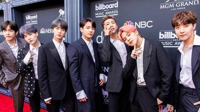 BTS di ajang Billboard Music Awards 2019, BTS kembali menoreh sejarah bagi artis Korea dengan meraih 2 trofi.